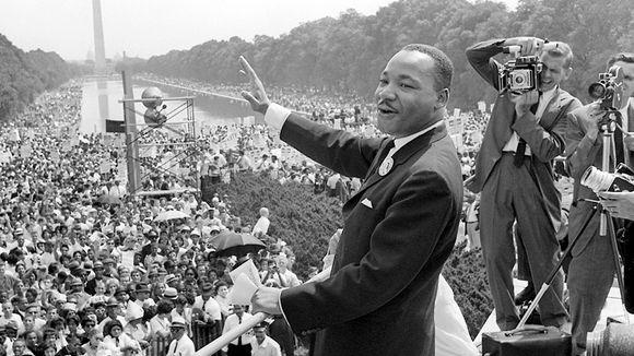 Für die Rechte von 23 Millionen schwarzen Amerikanern: Martin Luther King während seiner berühmten Rede vor 50 Jahren  |  © AFP/dpa